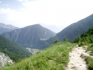 Looking back to la Forclaz in the pass and Trient in the valley